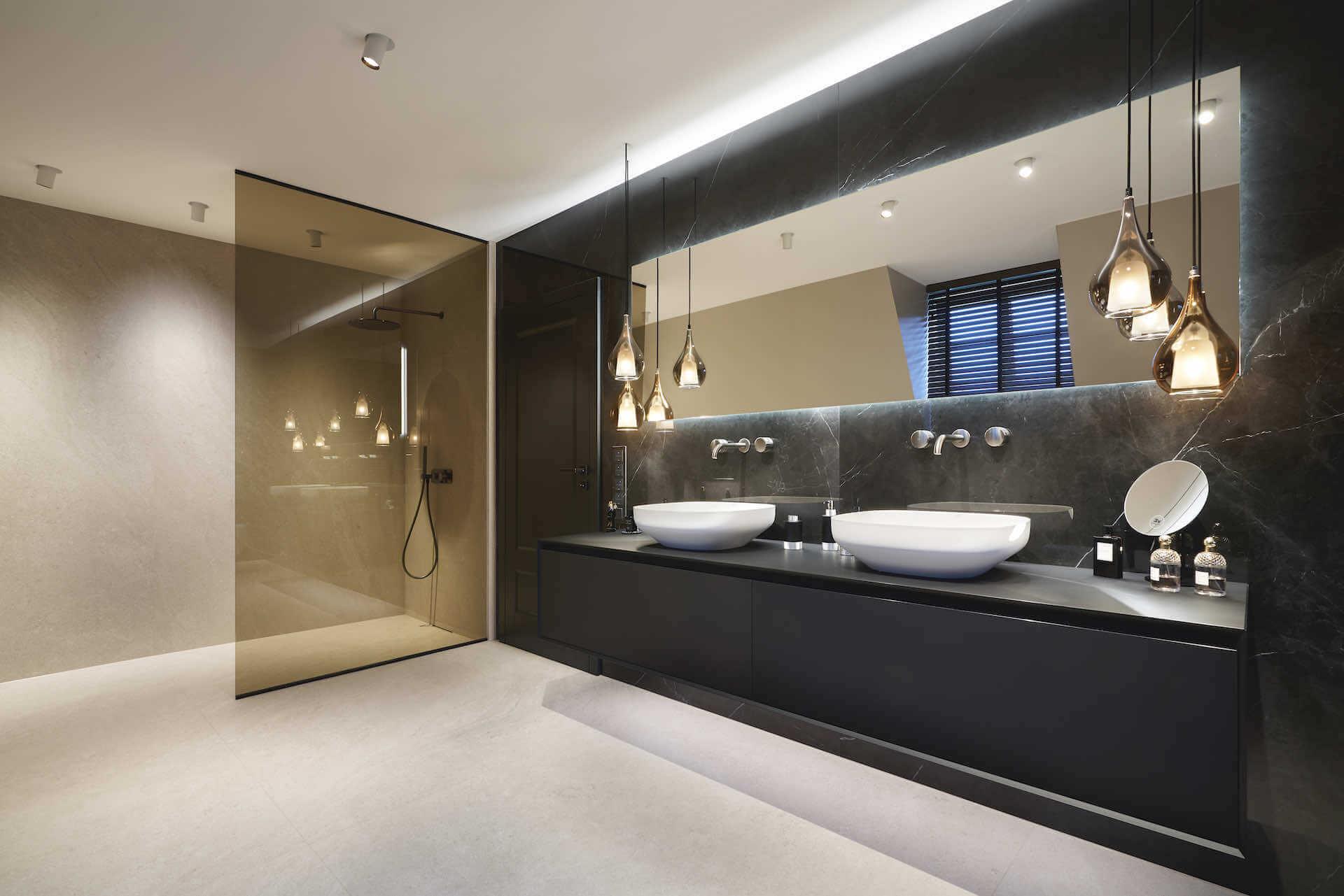 Decken-Einbaustrahler im Badezimmer | Leuchten Lukassen