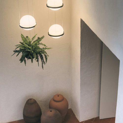 Vibia | Palma | Flur mit verputzten Wänden | Leuchten Lukassen Lichtdesign